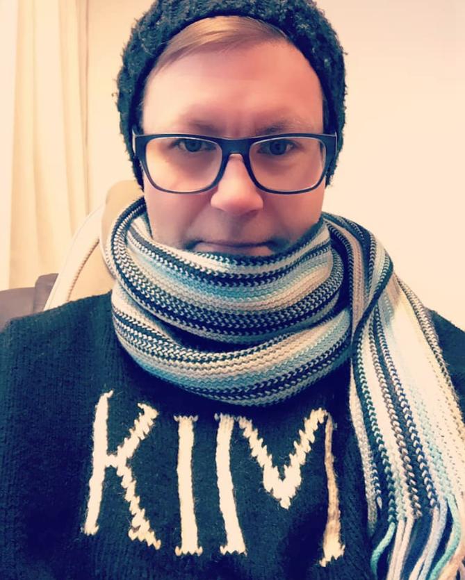 I am Kim. Kim I am.